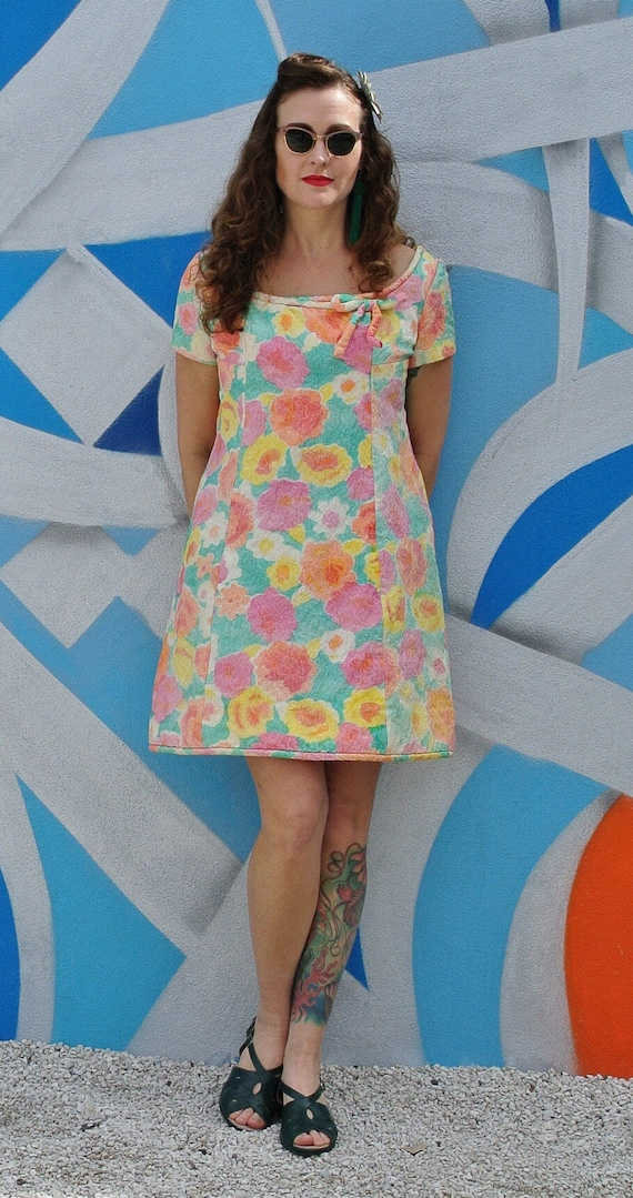 Vintage 60s Pastel Floral MOD Mini Dress