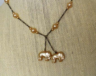 Art Deco Vintage Pearl and Chain Necklace