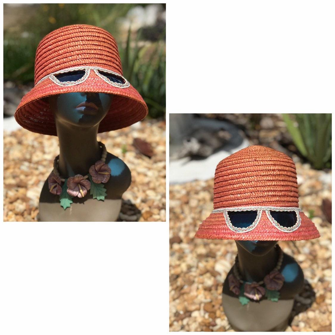 Vintage MOD Wicker Hat - Sunglass Hat - 1960s Sunhat - Bucket Hat