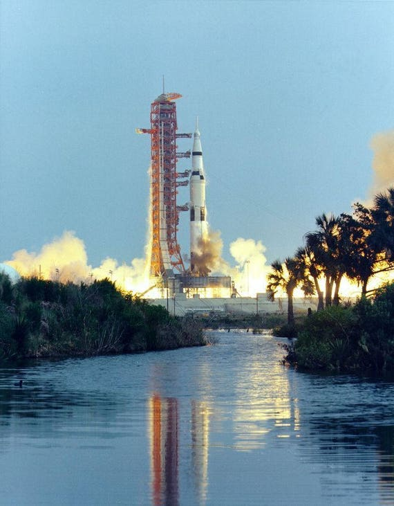 EARLY MORNING VIEW OF THE APOLLO 4 SATURN V ON PAD AA-532 8X10 NASA PHOTO