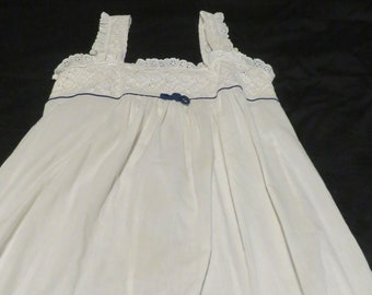 16bc9efd8a Vintage Christian Dior for I.Magnin- 1970s Long White Night Gown with Eyelet  Lace- Polyester Cotton Blend- Blue Trim at Top- Size Petite