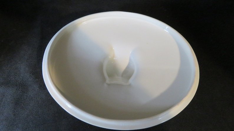 Very Good Vintage Condition EVA ZEISEL HALLCRAFT Classic Hi White Replacement Covered Casserole Dish Lid Great Mid Century Modern Item-