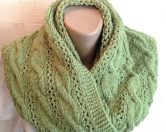 green infinity scarf knit wool scarf knitted snood chunky cowl Valentine's day gift circle scarf neck warmer knit accessory gift for men