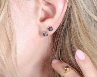 Dainty Raw Sapphire Earrings, Gold Delicate Earrings, September Birthstone, Minimalist Gift for Women, Tiny Stud Earrings, Sapphire Jewelry