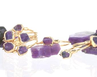 Dainty Raw Charoite Ring, Raw Stone Ring, Gold Ring, Charoite Crystal Ring, Charoite Jewelry, Delicate Ring, Raw Gemstone Ring, Ringcrush