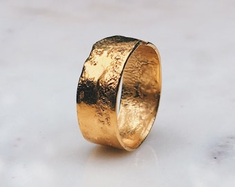 7mm Textured Band, Mens Cigar Band Ring, Hammered Gold Ring, Unique Wedding Band, Organic Gold Ring, Rustic Byzantine Ring, Funky Chunky