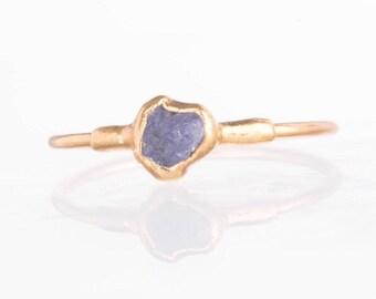 Tanzanite and Diamond Chevron Band Ring. 999 Pure Fine Silver Raw Tanzanite and Raw Diamond Chevron Wedding Band Ring Raw Tanzanite Ring