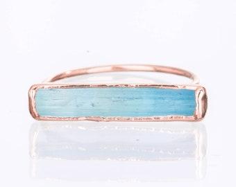 Raw Aquamarine Bar Ring for Women, Rose Gold Ring, Statement Ring, Gemstone Ring, Stacking Rings, Raw Crystal Ring, Horizontal Stone Ring