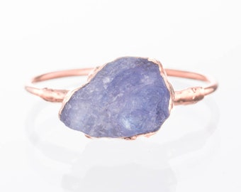 Tanzanite Stacking Ring, Rose Gold Raw Tanzanite Ring, Rough Tanzanite Ring, Boho, Raw Crystal Ring, December Birthstone, Gold Gemstone Ring
