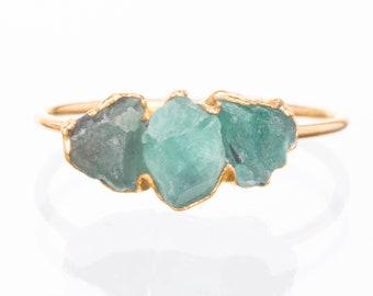 Triple Raw Emerald Ring, Raw Stone Ring, Emerald Birthstone Jewelry, Raw Gemstone Ring, Unique Engagement Ring, Raw Gemstone Healing Crystal