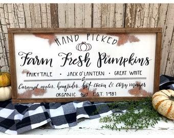 Hand Picked Farm Fresh Pumpkins Sign.