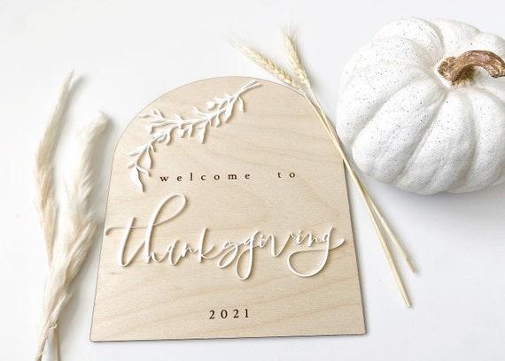Thanksgiving welcome sign. Friendsgiving welcome sign. Friendsgiving. Thanksgiving decor. Fall party supply. Boho home. Neutral fall decor.
