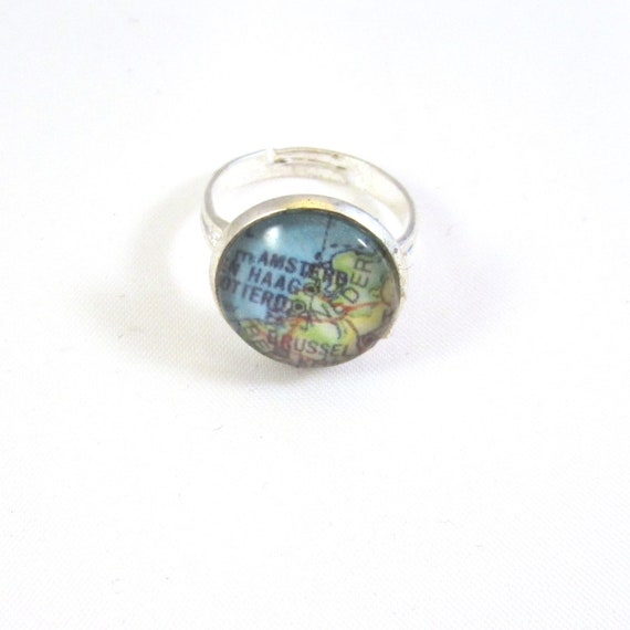 Personalized world map ring - Netherlands