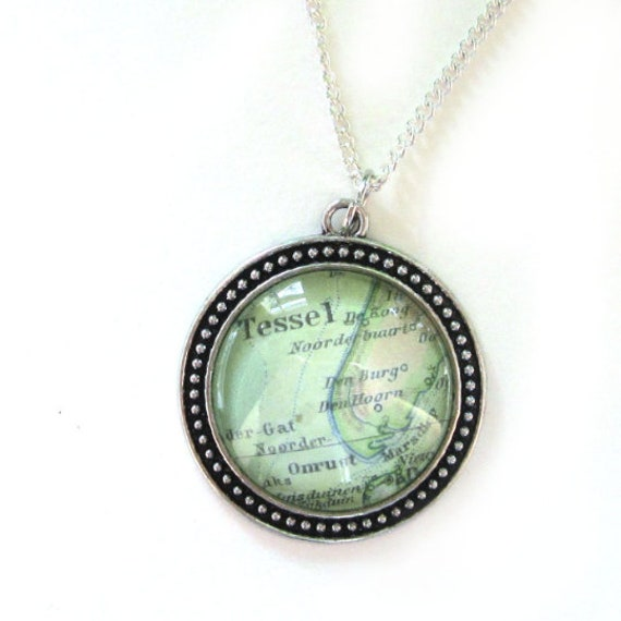 Personalized Map necklace - Wadden islands 30 mm