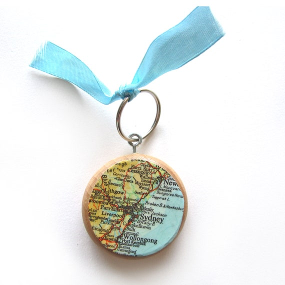 Personalized World map keychain - Oceania variations