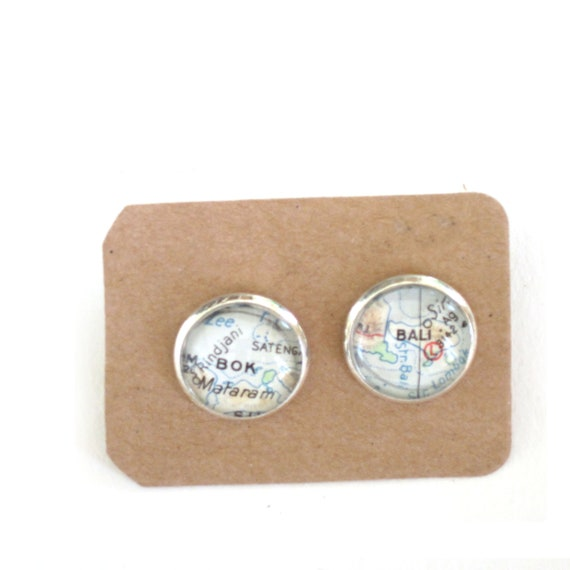 Personalized World map ear studs - oceania variations