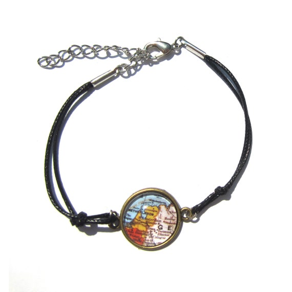 Personalized world map bracelet - Netherlands variations