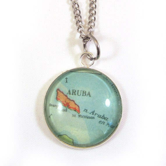 Personalized map necklace - Central america variations 25 mm