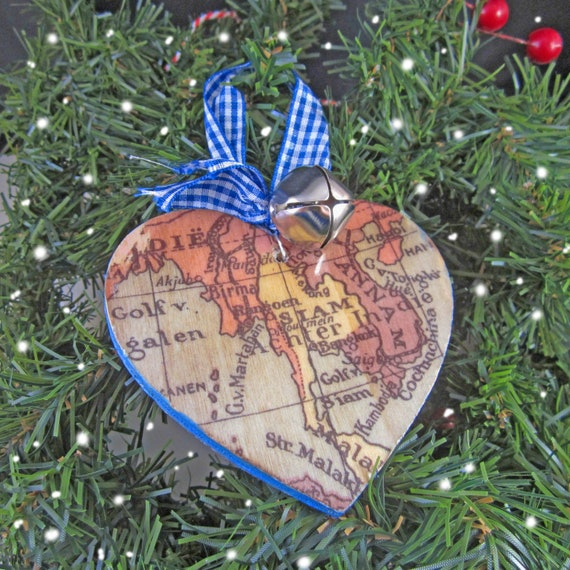World map christmas decoration