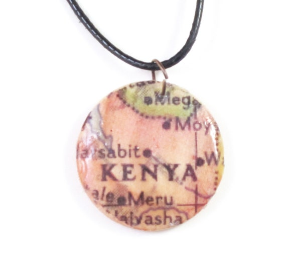 Wooden handmade map necklace - Africa