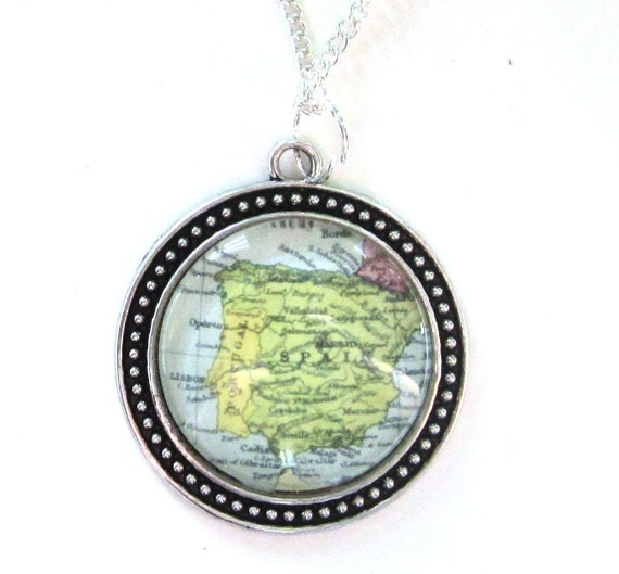 Personalized Necklaces - Europe variations 30mm