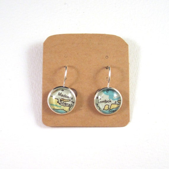 Personalized World map earring - Oceania variations
