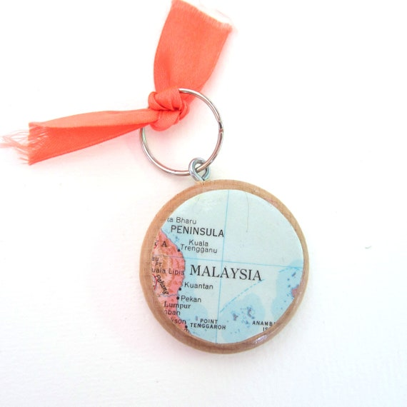 Personalized World map keychain - Asia variations