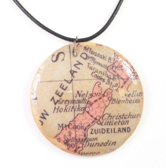 Personalized wooden necklace - Oceania