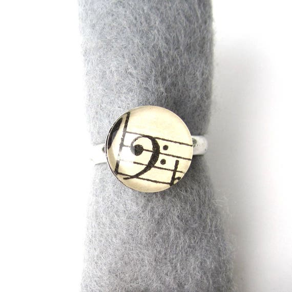 Personalized sheet music ring