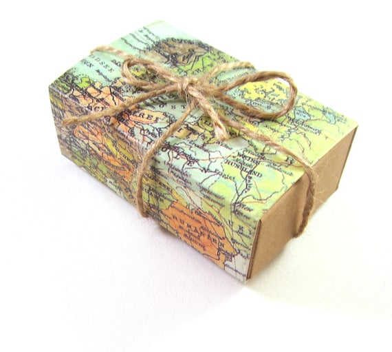 World map gift box, set of 2
