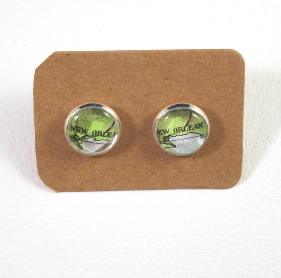 Personalized World map ear studs - America variations