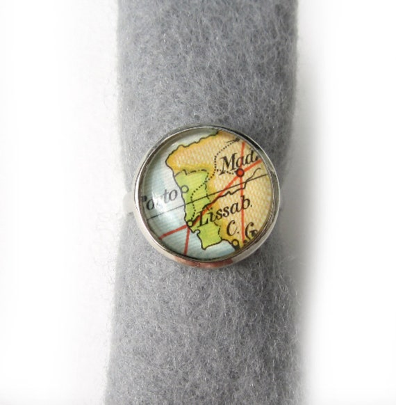 Personalized World map ring - South Europe