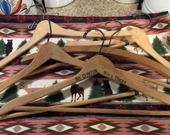 Wooden hangers / set of 5 / Betts /Wishbone/Clinton