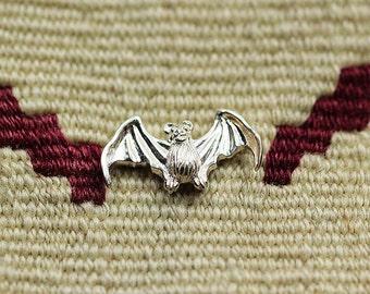 Bat Collar Pin | Silver Bat Charm | Gothic Jewelry | Bat Jewelry | Silver Bat Brooch | Halloween Brooch | Vampire Bat Pins | Vampire Brooch