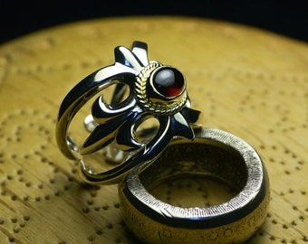 Fleur de Lis Ring | Floral Silver Ring | Flower Engraved Ring | Victorian Style Ring | Silver Cocktail Ring |Gemstone Silver Adjustable Ring