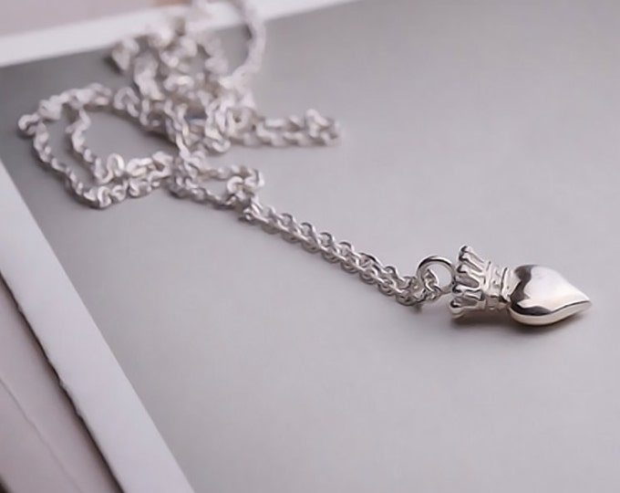 everyday necklace silver crown necklace for woman, sweet 16 gift for granddaughter, graduation gift for her, delicate necklace for women