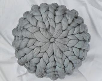 Chunky Wool cushion - GREY