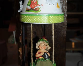 Hanging: flower pot with swing