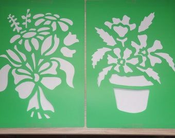"Set of two stencils plastic theme ""flowers"""
