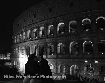 Lovers Kissing at Colosseum Print + Mat