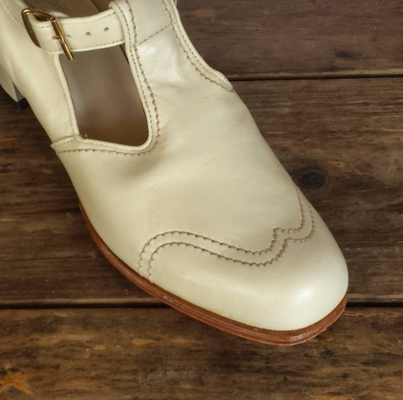 Shoes 2AAA Barefoot Freedom 7 size 1940's 40's white Women's pumps Miller 1 early cream off or tqxxXBP