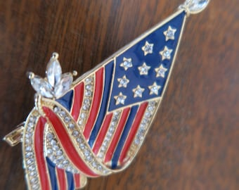 NOT Heidi Daus Patriotic Small American Flag Crystal Rhinestones Independence Day shipping only to USA 48 states