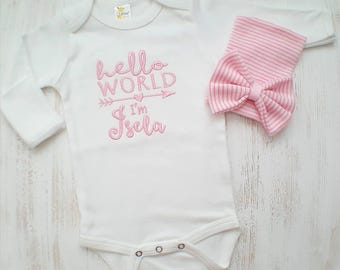 Personalized Baby Diaper TOTE BAG /& SLEEPER Gown One Piece HAT Set Outfit GIFT