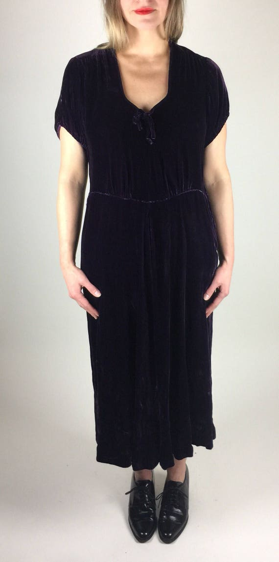 Vintage 30's 40's royal purple silk velvet dress