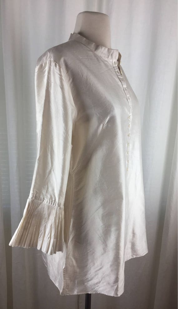 Vintage 90's romantic ivory  tunic blouse with ro… - image 3