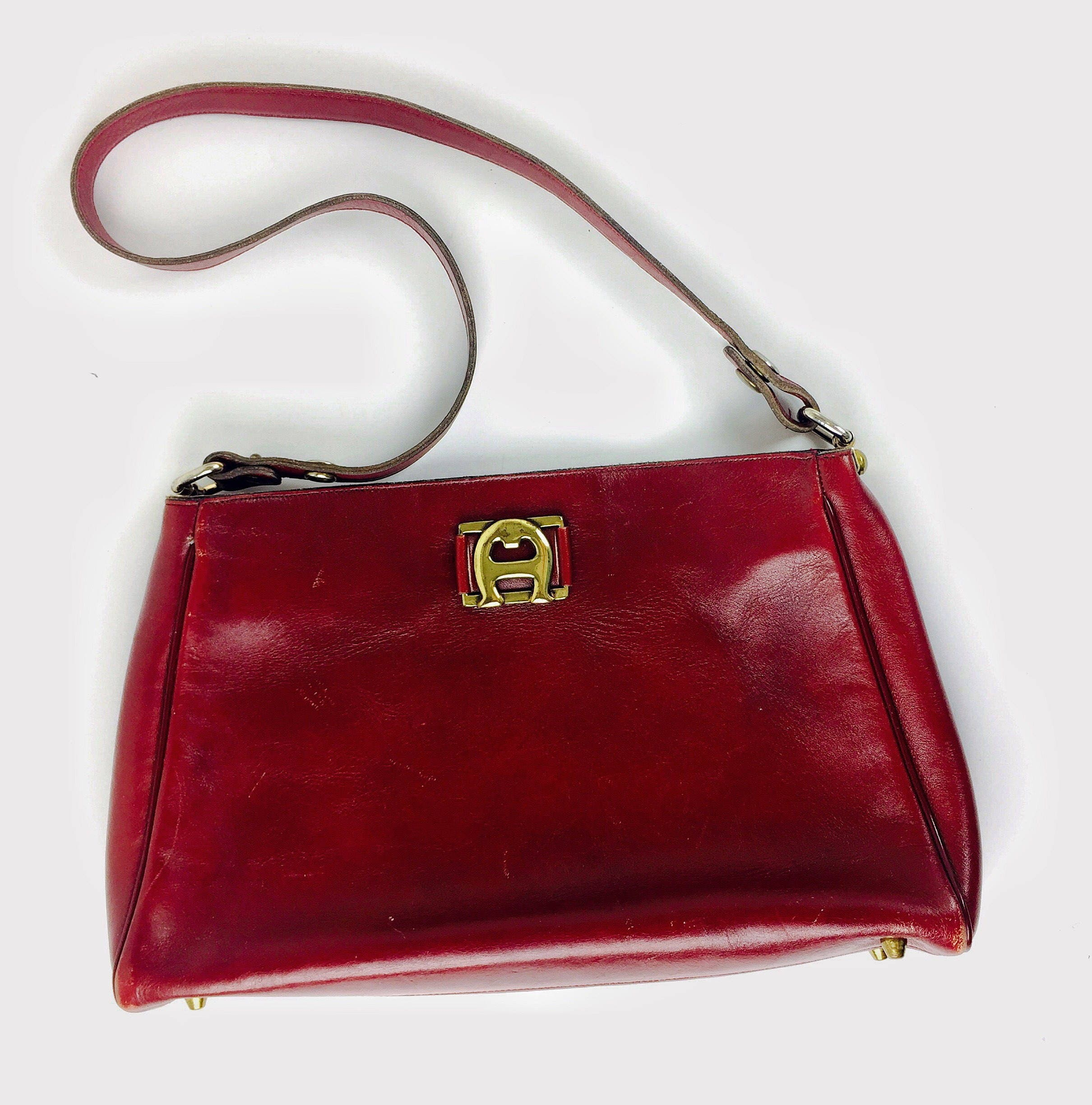 Vintage 60 s 70 s designer Etienne Aigner oxblood leather shoulder bag. 1 2f29a36fe63a8