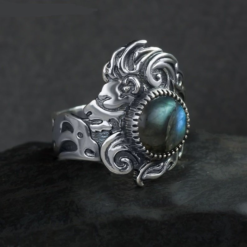 Leo zodiac fire sign ring Oringo sterling silver astrology jewelry symbol  nature lion wildlife natural stone