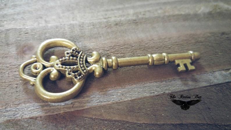 Large Skeleton Key Antiqued Bronze Thick Skeleton Key Ornate Wedding Key 83mm 3.26 Big Key Pendant Steampunk Key