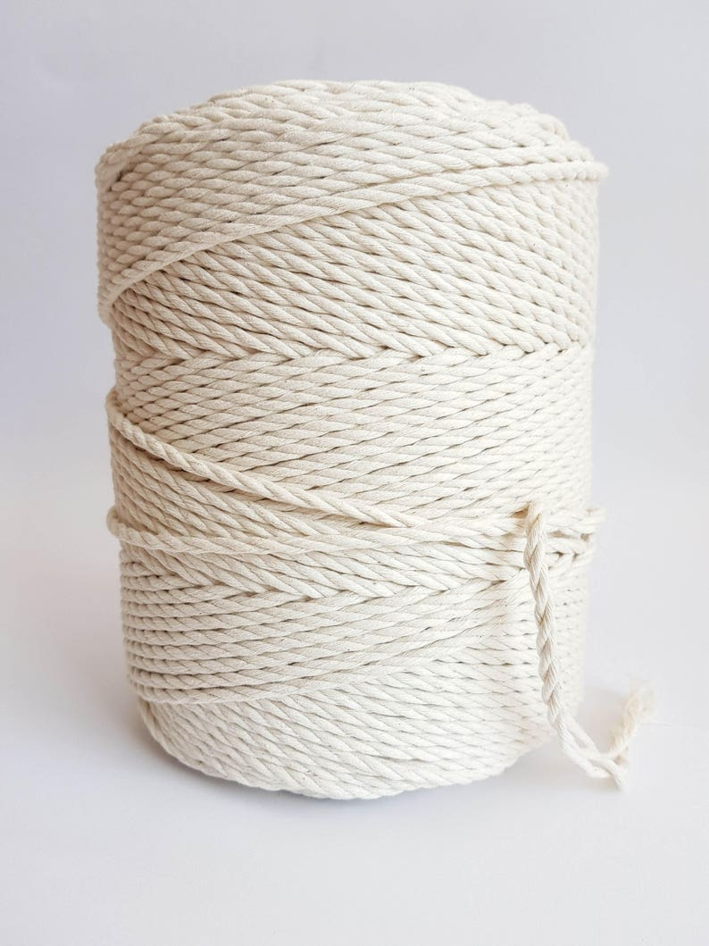4mm macrame cord 260m Twisted cotton rope 15 kg Macrame rope. image 0