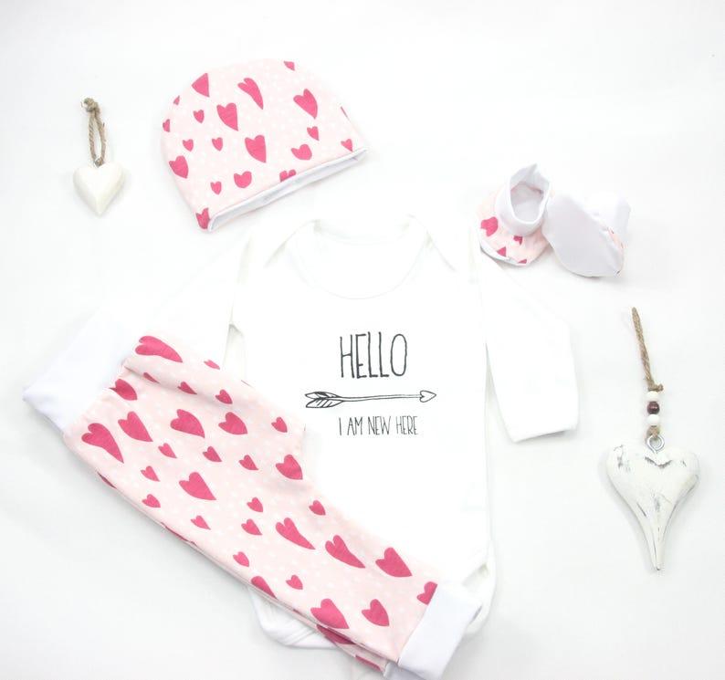 60d0c4aeddfe9 Cadeau de naissance coton bio pour bébé fille Set Naissance